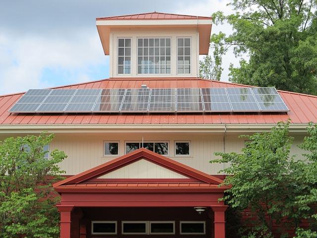 Рост мощности солнечных панелей, установленных в Испании за два года почти на 500%